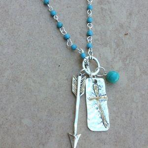 Two Tone Turquoise Bead Cross Arrow Toggle Neck